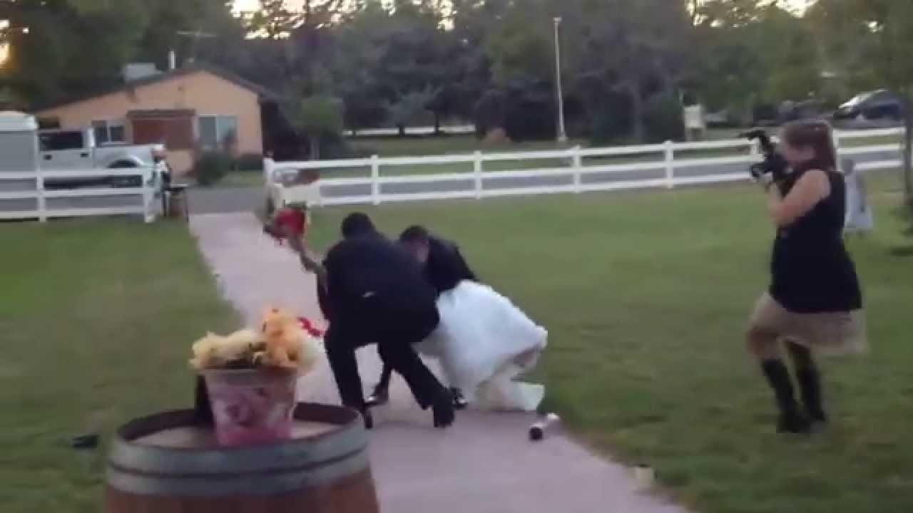 The Ultimate Backyard Wedding FAIL! [VIDEO]