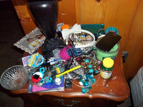 NightstandClutter1