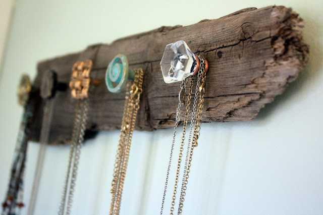 HangingNecklaces6